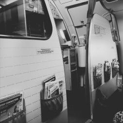 Im Flugzeug, Platz 1a