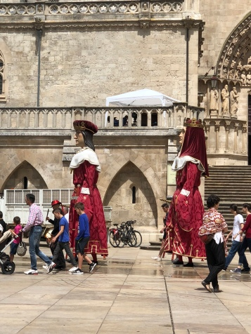 Puppen in Burgos